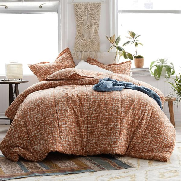 3-Piece 200 Thread Count Cotton Percale Full Comforter Set in Terracotta - $74