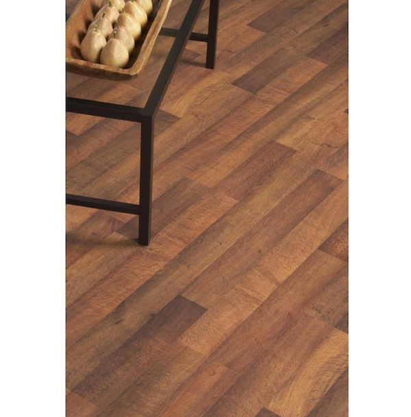 8mm Beringer Oak 7.96-in W x 3.96-ft L Embossed Wood Plank Flooring - $23