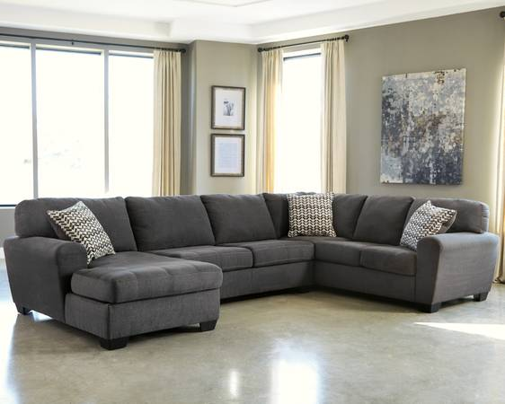 Benchcraft Sorenton 3-Piece Sectional with Chaise - $999